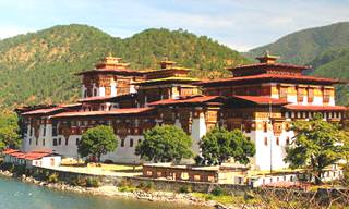 The Top 10 Places to Visit in Bhutan