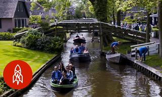 Giethoorn: The Idyllic and Charming Village Without Roads