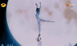 Video: When Ballet Meets Acrobatics
