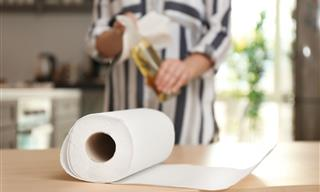 7 Items You Should Never Clean with Paper Towels