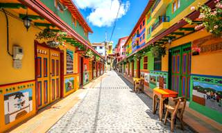 Guatapé - the World's Most Colorful Town