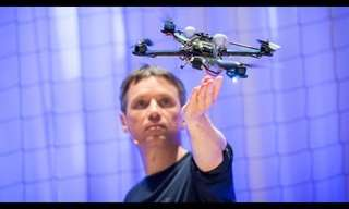 The Incredible Athletics of the Quadcopter - Amazing!