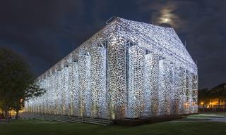 This Parthenon Replica Was Made of 10,000 Banned Books