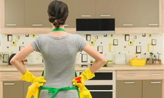 8 Items In Your Kitchen You're Not Cleaning Enough