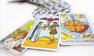 Quiz: What Kind of Tarot Deck Symbolizes You?