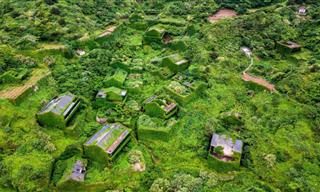 Visit Houtouwan Village in China, a Place Conquered by Nature