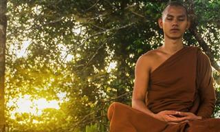 The Five Tibetan Rites: Yoga That'll Make You Younger