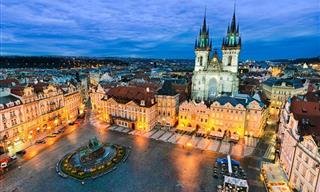 18 Great City Squares of the World