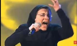 The Singing Nun That Had Everyone On Their Feet!