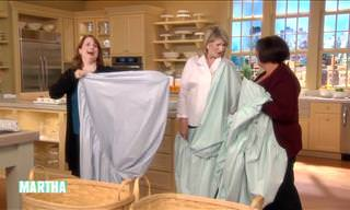 The Secret to Folding a Fitted Sheet!