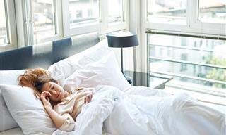 6 Nutrition Tips From Experts to Ensure Better Sleep