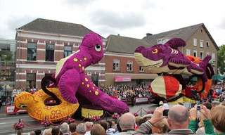 The 2013 Zundert Flower Parade - Wonderful!