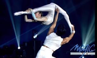 Beautiful Acrobatic Performance!