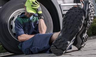 Joke: Hiding Under the Truck (Rude)