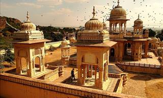 Take a Trip to Jaipur, a Majestic City of Forts and Kings