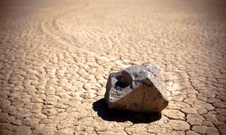 The Mystery of the Death Valley Moving Stones.