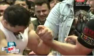 Armwrestler vs. Bodybuilder - Who Wins?