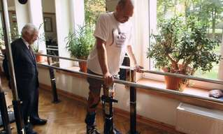 Paralyzed Man Walks Again Thanks to Nose