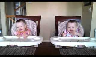 The Cutest Twin-Dance We've Ever Seen!