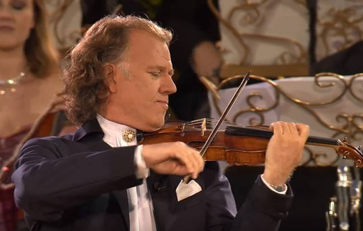 Andre Rieu - You raise me up (Live in Maastricht   ...