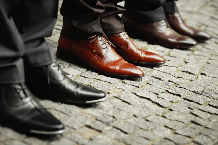 8 Ways to Stop Squeaking Shoes